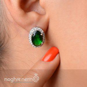 گوشواره میخی نگین سبز
