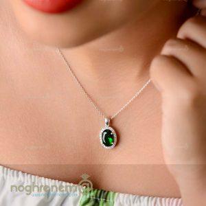 نیمست سبز نقره به همراه زنجیر و گوشواره