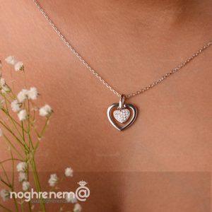 گردنبند 2 قلب نگین دار خیلی شیک و زیبا
